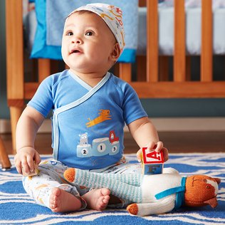 Welcome Baby: Boys' Apparel