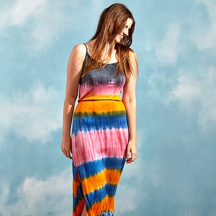 Tie-Dye Trends: Women's Apparel