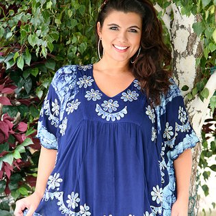 Splash of Color in Plus-Sizes breezy & carefree | New today! shop