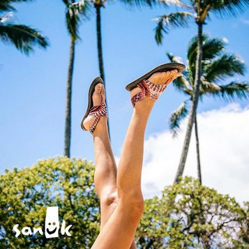 Sanuk | Adults