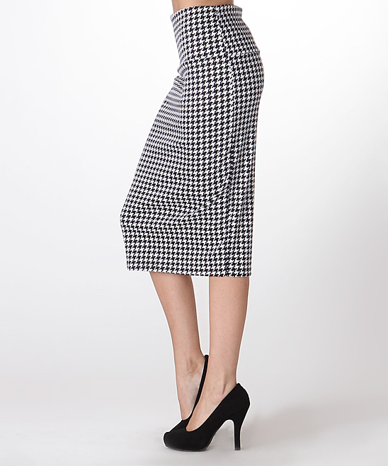 bold beautiful black white houndstooth pencil skirt
