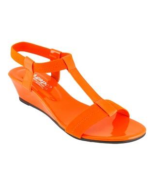 Agape Gold Vivo Sandal
