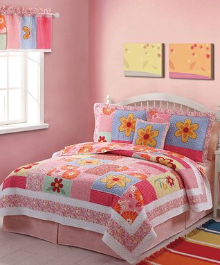 Hot Pink Floral Twin Quilt Set