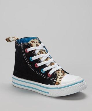SYKE Black Stars Slip-On Sneaker
