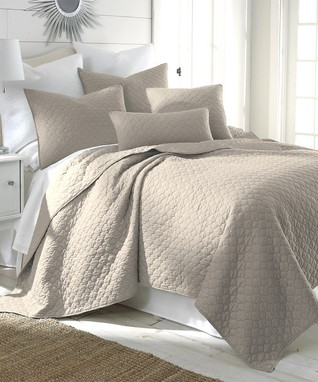 Taupe Riviera Quilt Set