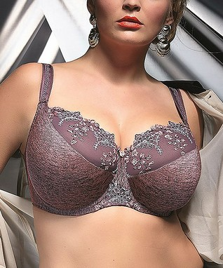 Plus Size Lingerie With Underwire