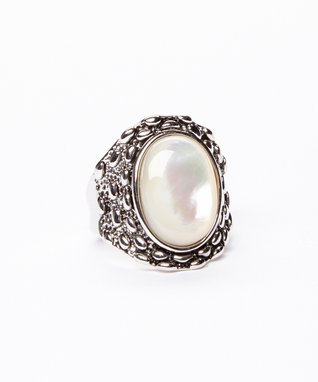 Silver & Mother-of-Pearl Oval Ring
