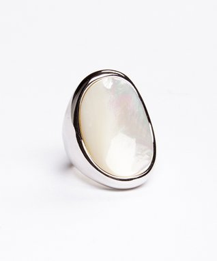 White Mother-of-Pearl Oval Ring