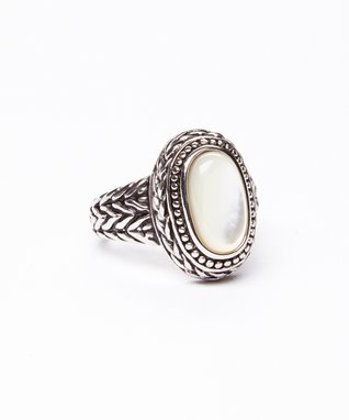 White Mother-of-Pearl & Silver Texture Oval Ring