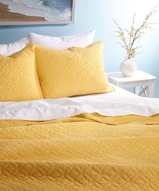 Yellow Bordeaux Quilt Set