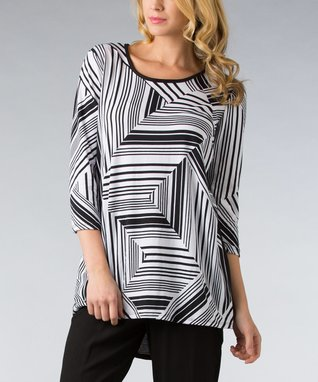 Black & White Stripe Three-Quarter Sleeve Top - Women