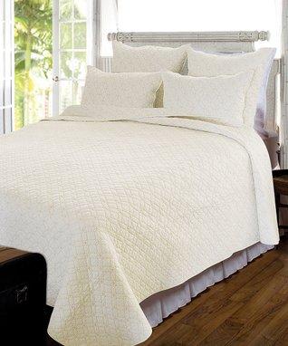 Cream & Beige Riviera Quilt Set