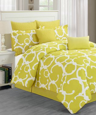 Avocado Rhys Overfilled Quilted Comforter Set