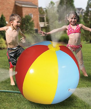 OrangeOnions Beach Ball Sprinkler