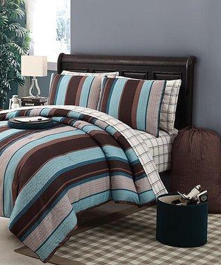 Plum Havoc Comforter Set