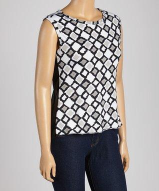 Black & White Geometric Sleeveless Top - Plus