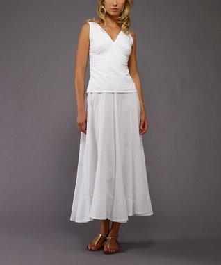 Luna Luz White Sleeveless V-Neck Dress