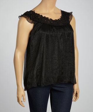 White Floral Lace Sleeveless Button-Up Top - Plus