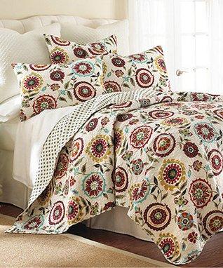 Colette Reversible Quilt Set
