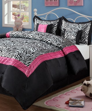 Too Cool: Tween Bedding & Décor