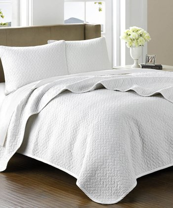 Arctic White Quilted Bed Cover Set