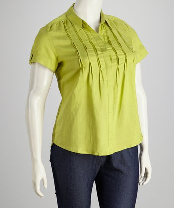 Green Plus-Size Short-Sleeve Button-Up